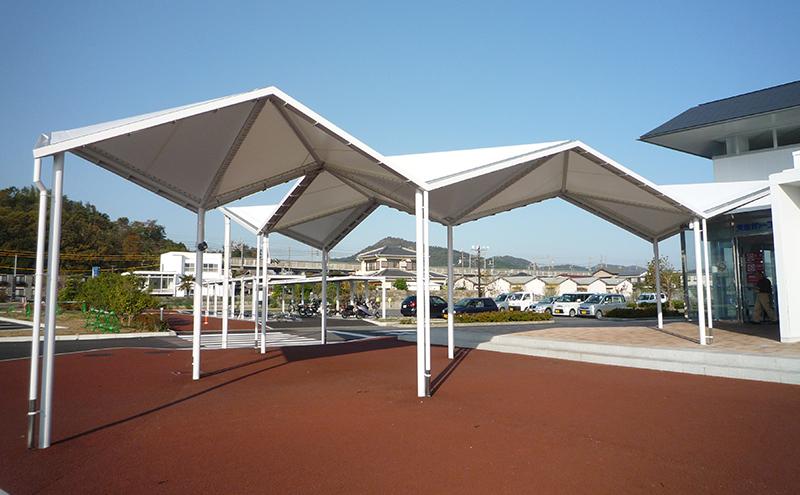屋根のみの上屋テント